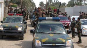 Cảnh sát và binh sĩ Iraq tại thành phố Ramadi, thủ phủ của tỉnh Anbar, phía tây Baghdad.