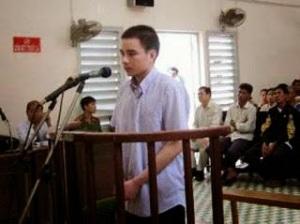 """Ảnh: Bị cáo Hồ Duy Hải tại phiên tòa sơ thẩm tại TAND tỉnh Long An. Tại phiên tòa này cơ quan công tố đánh giá Hải """"có lúc nhận tội, có lúc kêu oan"""""""
