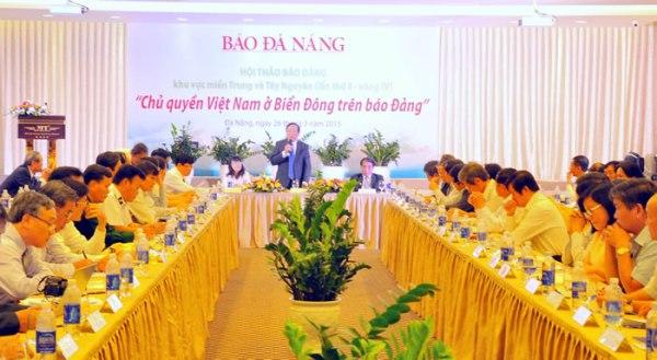 Hội thảo về chủ quyền của Việt Nam ở Biển Đông, do báo Đà Nẵng tổ chức. Ảnh: Báo Đà Nẵng