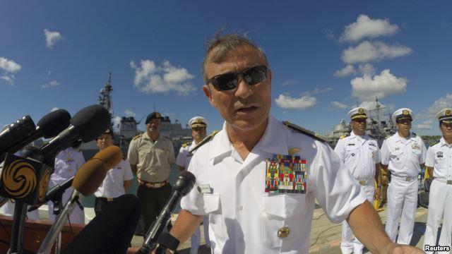 Tư Lệnh lực lượng Thái Bình Dương của Mỹ, Đô Đốc Harry Harris Jr., khẳng định chính sách tái cân bằng lực lượng sang khu vực Thái Bình Dương của chính phủ Mỹ đang đi đúng hướng