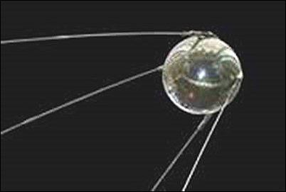 Món quà Khrushchev tặng Eisenhower làm giống vệ tinh nhân tạo Sputnik này