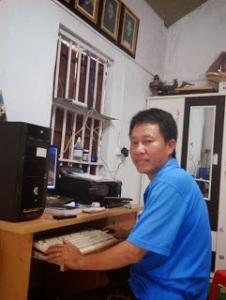 Thầy giáo Lê Châu tại nhà riêng