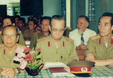 (Từ trái qua) Thiếu tướng Đặng Trần Đức (tức Ba Quốc), Thiếu tướng Vũ Ngọc Nhạ và Thiếu tướng Phạm Xuân Ẩn, 3 con át chủ bài chiến lược trong các lưới tình báo hoạt động trước năm 1975 tại miền Nam . (Ảnh tư liệu của đạo diễn Lê Phong Lan)