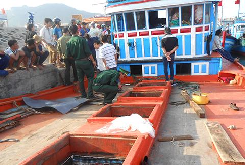 Tàu cá QNg 90205 TS bị tàu Trung Quốc truy cản, cướp đi hơn 5 tấn hải sản vừa đánh bắt được cùng các trang thiết bị trên tàu.