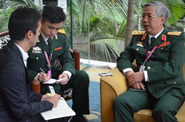 Cuộc đối thoại công khai duy nhất bên lề đối thoại Shangri-La để tướng Vịnh tuyên bố 2 quy tắc bất di bất dịch của Bộ chính Trị ĐCSVN