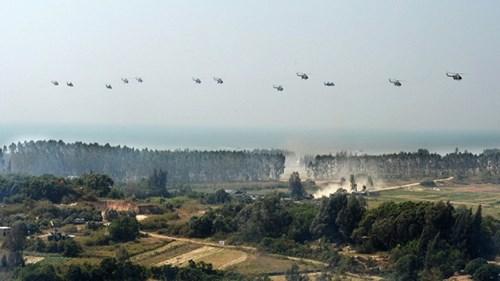 Ảnh tư liệu về một cuộc tập trận binh chủng hợp thành của quân khu Quảng Châu, TQ