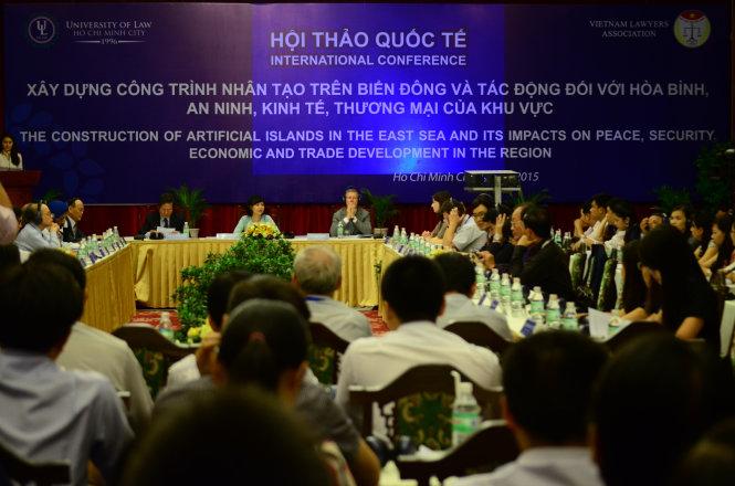 Hội thảo Quốc tế Xây dựng công trình nhân tạo trên Biển Đông và tác động tới hòa bình, an ninh, kinh tế, thương mại của khu vực diễn ra trong ngày 25 -7 tại Dinh Thống Nhất, TP.HCM - Ảnh: Thanh Tùng