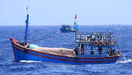 Tàu cá của ngư dân Việt Nam đánh bắt hải sản quanh khu vực biển thuộc chủ quyền Việt Nam trên Biển Đông. Ảnh: Vnexpress.