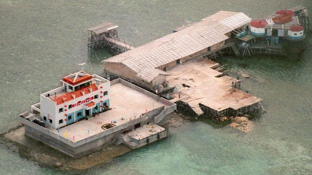 Việc Trung Quốc mở rộng xây lấn đảo ở Biển Đông được nhiều nước coi là hành vi bành trướng lãnh thổ