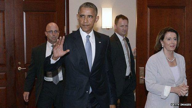 Tổng thống Hoa Kỳ Barack Obama vừa ký đạo luật Quyền Thúc đẩy Thương mại (TPA), cho phép tổng thống quyền sớm hoàn tất tiến trình đàm phán các thỏa thuận thương mại, trong đó có Hiệp định đối tác xuyên Thái Bình Dương (TPP)