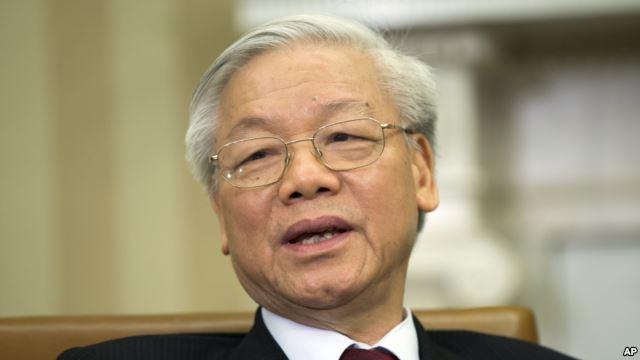 Tổng bí thư đảng Cộng sản Việt Nam Nguyễn Phú Trọng phát biểu trong cuộc họp với Tổng thống Obama tại phòng Bầu dục của Tòa Bạch Ốc.