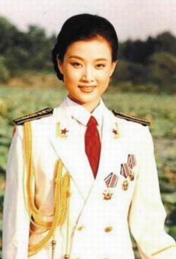 Nữ tướng quân đội Trung Quốc Tống Tổ Anh – giai nhân của Giang Trạch Dân (Ảnh: Wikimedia)