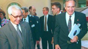 Thủ tướng Võ Văn Kiệt đón Thượng nghị sỹ Mỹ Tom Harkin thăm Hà Nội 3/07/1995