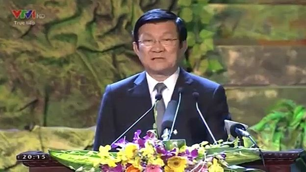 Nhạc được mở trước và sau khi Chủ tịch Sang phát biểu khai mạc.