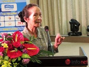 Chuyên gia kinh tế cao cấp Phạm Chi Lan phát biểu tại hội nghị (Ảnh: HC)