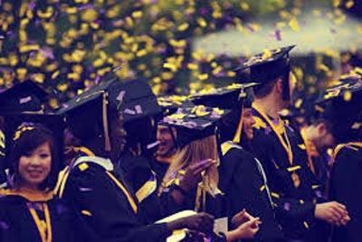 """Nhiều sinh viên du học sang các nước phải """"bị"""" đào tạo lại, gây ra sự lãng phí tiền bạc không ít. Ảnh minh họa: Thetreeacademy.edu.vn"""