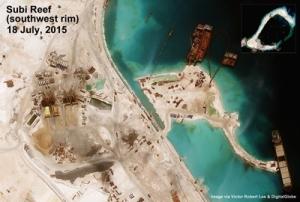 Phần đảo nhân tạo Xu Bi ở phía Tây Nam đang được xây dựng. (Hình: Digital Globe)