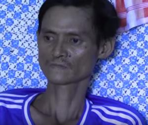 """Huỳnh Anh Trí 1 ngày trước khi qua đời - ảnh cắt từ phóng sự video """"TNLT Huỳnh Anh Trí: Những giây phút cuối đời"""""""
