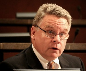 Nghị sĩ Chris Smith, Chủ tịch của Ủy ban Điều hành Quốc hội về Trung Quốc.(Gary Feuerberg/ Epoch Times)