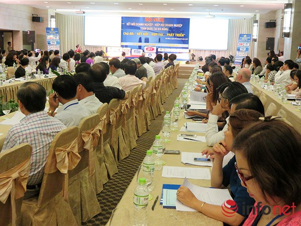 Hàng trăm doanh nghiệp nhỏ và vừa trong cả nước tham dự hội nghị kết nối do Hiệp hội Doanh nghiệp nhỏ và vừa Việt Nam tổ chức tại Đà Nẵng ngày 8/8 (Ảnh: HC)