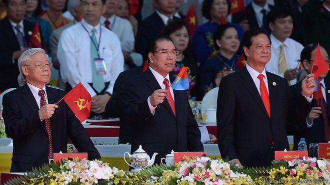 Các lãnh đạo và chính khách Việt Nam trong một dịp đánh dấu 40 năm sự kiện ngày 30-4