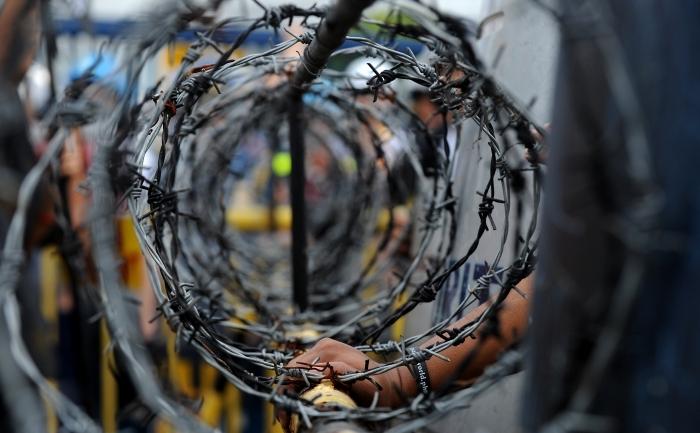 Những cuộn dây thép gai của tội ác cộng sản Romania (NOEL CELIS / AFP / Getty Images)