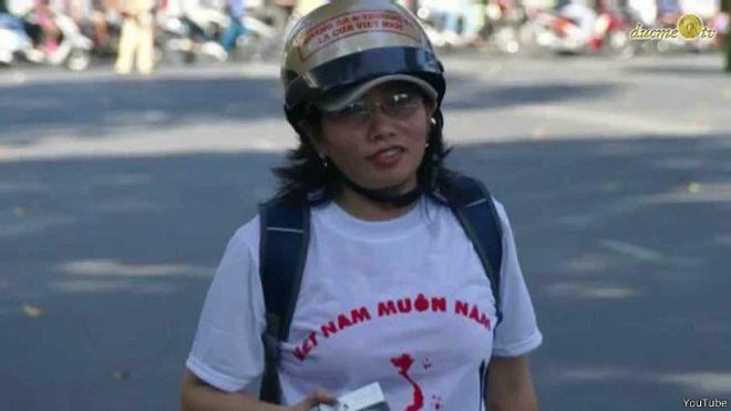 Bà Tạ Phong Tần bị kết án 10 năm tù vào năm 2012 với tội danh 'tuyền truyền chống nhà nước' sau khi bị bắt vào tháng 9/2011.