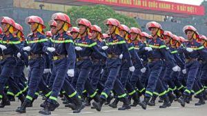 Lực lượng phòng cháy chữa cháy tại buổi tổng duyệt diễu binh mừng Quốc khánh 2/9 tại Quảng trường Ba Đình hôm 29/8. Nguồn: báo Tuổi Trẻ