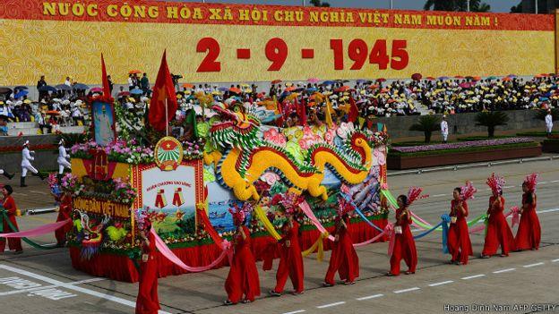Việt Nam vừa đánh dấu tròn 70 năm quốc khánh 2-9 và cuộc Cách mạng tháng Tám giành độc lập. Photo: Hoang Dinh Nam AFP GETTY