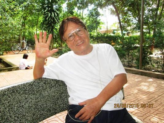 Ảnh nhà văn Nhật Tuấn đăng trên Facebook của ông