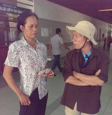 Ông Trương Văn Dũng đến thăm và an ủi gia đình nạn nhân Đỗ Đăng Dư