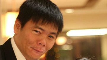 Luật sư Hải từ chối ra khỏi trụ sở công an cho tới khi có biên bản về chuyện ông bị bắt giữ. Ảnh: FB Trần Vũ Hải