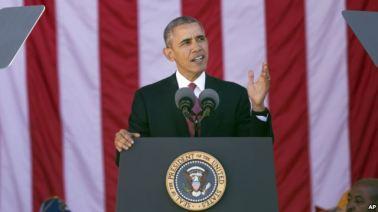 Tổng thống Hoa Kỳ Barack Obama phát biểu tại lễ kỷ niệm Ngày Cựu chiến binh hàng năm ở Nghĩa trang Quốc gia Arlington, ngày 11/11/2015. Nguồn: AP