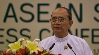 Trước khi trở thành người ghi công dân chủ cho Myanmar, Thein Sein từng là một đại tướng quân đội. Photo: AP