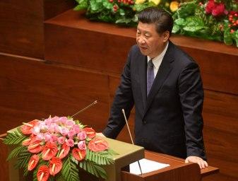 Chủ tịch Trung Quốc Tập Cận Bình phát biểu trước Quốc hội Việt Nam ở Hà Nội vào sáng ngày 6/11/2015. Photo: AFP