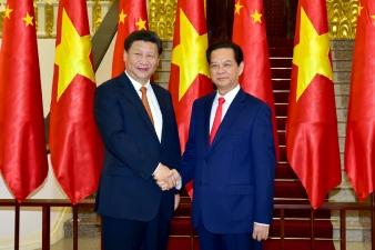 Thủ tướng Nguyễn Tấn Dũng và Tổng Bí thư, Chủ tịch Trung Quốc Tập Cận Bình. Ảnh: VGP/Nhật Bắc