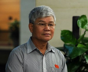 ĐBQH Nguyễn Anh Sơn (Đoàn Nam Định) trả lời báo chí