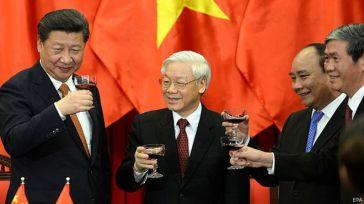 Lãnh đạo Đảng, Nhà nước Việt Nam vừa đón tiếp Chủ tịch Trung Quốc Tập Cận Bình thăm chính thức ngày 5-6/11/2015. Photo: EPA