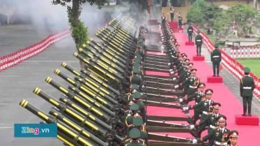 21 phát đại bác ĐCSVN chào đón Tập Cận Bình. Nguồn: Zing