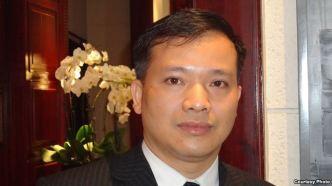 Luật sư Nguyễn Văn Đài bị bắt và khởi tố về tội 'tuyên truyền chống nhà nước' hôm 16/12/2015.