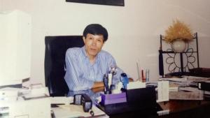 Ông Nguyễn Hữu Vinh tại văn phòng làm việc của mình.