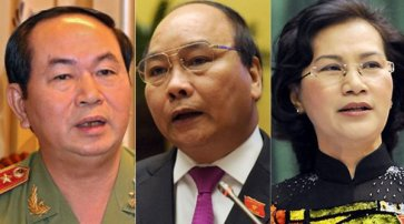 Từ trái - ông Trần Đại Quang, ông Nguyễn Xuân Phúc, bà Nguyễn Thị Kim Ngân - ba nhân vật được chọn làm chủ tịch Nhà Nước, thủ tướng, chủ tịch Quốc Hội, sau Đại Hội 12. (Hình: Tuổi Trẻ)