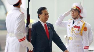 Thủ tướng Nguyễn Tấn Dũng đến dự lễ khai mạc Đại hội Đảng lần thứ 12 tại Hà Nội, ngày 21/1/2016. Ảnh: Reuters