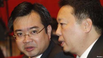 Ông Nguyễn Thanh Nghị (trái), Bí thư tỉnh ủy Kiên Giang, là một trong 200 ủy viên trung ương mới được Đại hội đảng 12 bầu vào Ban chấp hành trung ương. Photo: Reuters