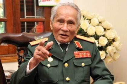 """Trung Tướng  Nguyễn Quốc Thước cho rằng: """"Bất luận lý do gì cũng không thể lờ đi sự kiện lịch sử"""". Ảnh: PetroTimes"""