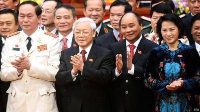 Dàn 'Tứ trụ' mới (từ trái): Chủ tịch nước Trần Đại Quang, Tổng Bí thư Nguyễn Phú Trọng, Thủ tướng Nguyễn Xuân Phúc và Chủ tịch Quốc hội Nguyễn Thị Kim Ngân. Ảnh: Reuters.