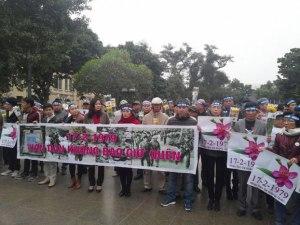 Lễ tưởng niệm sự hy sinh của đồng bào, chiến sĩ đã bỏ mình trong cuộc chiến tranh giữ nước đối với Trung Quốc tại Hà Nội ngày 17 tháng 2 năm 2016. Citizen photo.