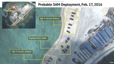 Hình ảnh vệ tinh cho thấy Trung Quốc triển khai hệ thống radar, và hỏa tiễn địa đối không trên đảo Phú Lâm thuộc quần đảo Hoàng Sa ở Biển Đông. Nguồn: VOA