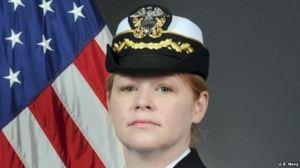Nữ hạm trưởng Amy Graham, chỉ huy tàu khu trục USS Curtis Wilbur. Ảnh: US Navy.