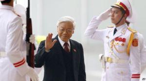 Tổng Bí thư đảng CSVN Nguyễn Phú Trọng đến dự lễ khai mạc đại hội đảng 12 tại Hà Nội, ngày 21/1/2016. Photo: AP